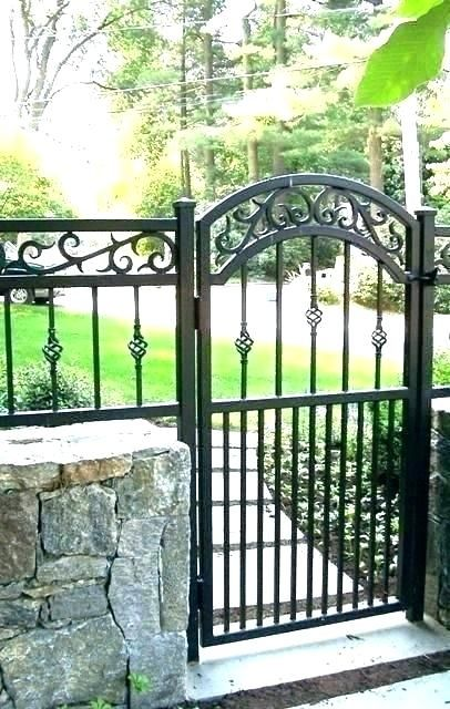 Modern Iron Garden Gate Google Search Iron Garden Gates Wrought Iron Fences Iron Gate Design