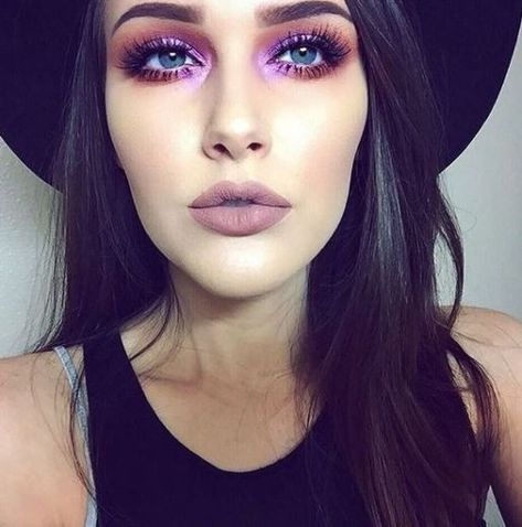 Purplish Peepers - October Beauty Looks That'll Keep You Looking Fresh All Month - Photos