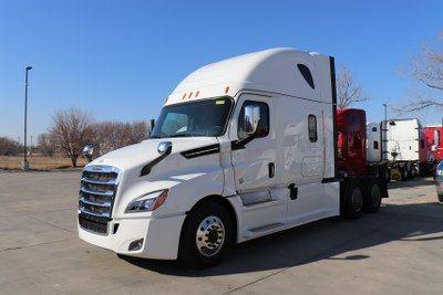Inventory Lone Mountain Truck Leasing Semi Trucks For Sale Trucks Freightliner Cascadia
