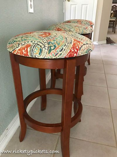 How To Cover Round Stool Cushions Tutorial Rickety Pickets Bar Stool Cushions Stool Cushion Round Stool