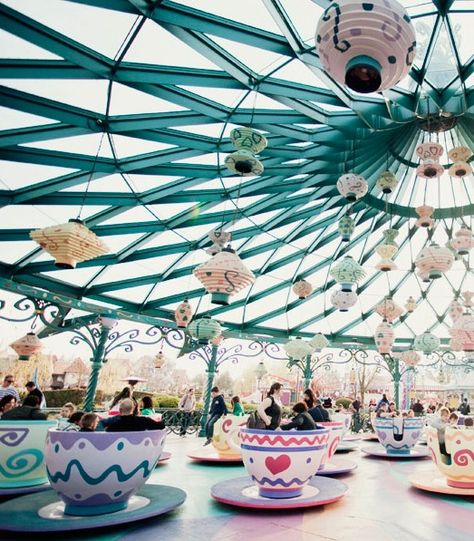 It's been 7 years since I was last on the teacup ride at Disneyland...can't wait to see you again old friend!