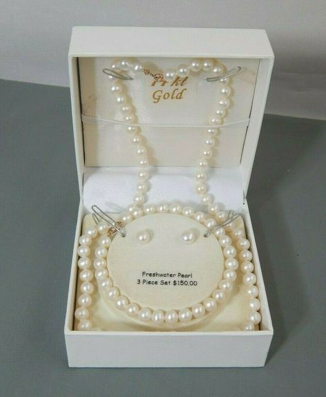 Pearl Size 32x39 m!!!!!!! Beautiful Butterfly Shell !!!! Antique!!!!!!!!!!MOTHER OF PEARLS !!!! Vinatge Pearls!!!! S90