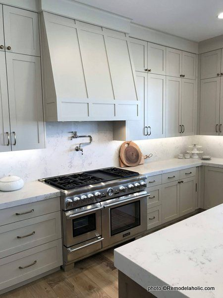 40 Beautiful Kitchens With Gray Kitchen Cabinets In 2020 Grey Kitchen Cabinets Kitchen Cabinets Grey Kitchen