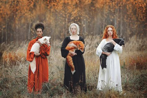 "Moscow-based photographer Anastasiya Dobrovolskaya captures the diverse color of foxes in her stunning image, ""Autumn Equinox."" Moscow-based photographer Anastasiya Dobrovolskaya captures the diverse color of foxes in her stunning image, Autumn Equinox. Beauty And Fashion, Poses References, Mystique, One Image, Ikon, Wicca, Character Inspiration, Beautiful People, Art Photography"
