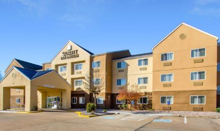 Quality Inn Suites Keokuk North In Davenport Ia Iowa Iowa
