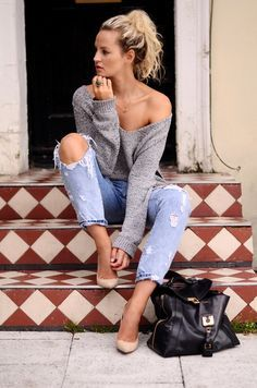 5 Ideas on How to Wear Oversized Sweaters Join the discussion Is 'fashion week' becoming too superficial? – Anouk Yve Creators of Desire – Fashion trends and style inspiration by …