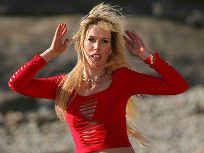 Julia Davis Hot