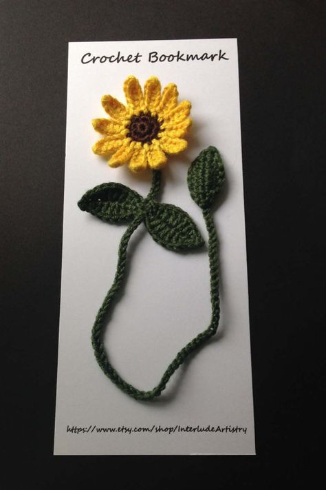 Crochet Black Eyed Susan bookmark perfect gift for your Crochet Bookmark Pattern, Crochet Bookmarks, Crochet Books, Crochet Patterns Amigurumi, Crochet Gifts, Crochet Stitches, Knit Crochet, Crochet Sunflower, Crochet Flowers