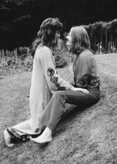 John Paul Jones and his lovely wife Maureen (Mo): They married in 1967 and are still together as of 2016.