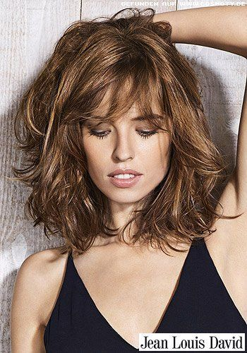 Hairstyles Pictures Wild Waves In The Beautifully Streaked Long Bob Hairstyles Hair Medium Hair Styles Medium Length Hair Styles Hair Lengths
