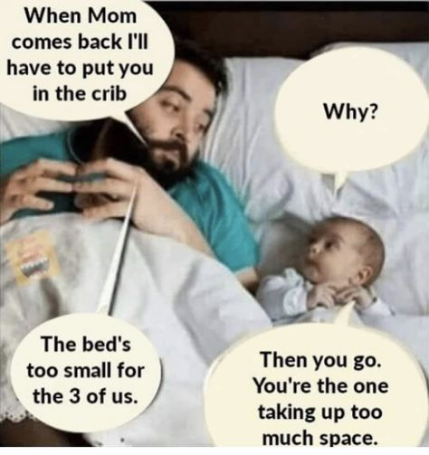Babies love their mommas 😂