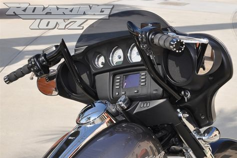 Harley Custom Apehanger Handlebars 12 Inch Ape Hangers Streetglide Batwing Touring Fairing Electraglide Ultra Classic 2014 2015 Style Bands Fly By Wire Monkey B Street Glide Harley Ape Hangers Harley Davidson Bikes