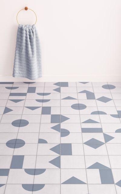 Vinyl Floor Tile Is All The Rage So How Do You Go About Installing It In 2020 Vinyl Flooring Tile Floor Flooring