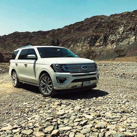 Pin By Romulo Fae Canela On Carros In 2020 Ford Expedition Built Ford Tough Instagram