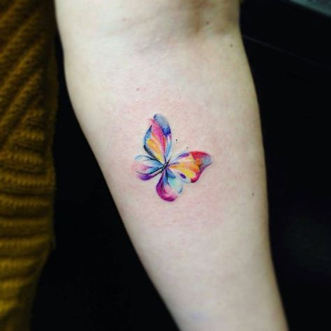 Tatuaje Mariposa Mariposa Tatuaje Tatuaje De Mariposa En La Muneca Disenos De Tatuaje De Mariposa