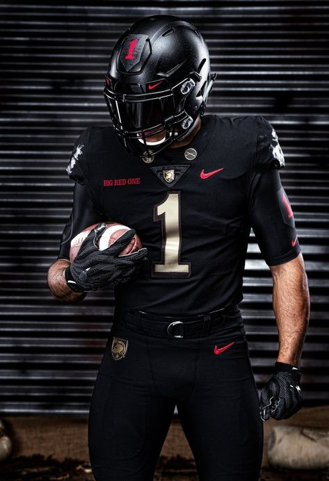 Army's uniform for Dec. tilt against rival Navy honors the Infantry Divi… Army's uniform for Dec. tilt against rival Navy honors the Infantry Division. Football Senior Pictures, Football Poses, Nfl Football Players, Chiefs Football, Notre Dame Football, Nike Football, Football Jerseys, Alabama Football, American Football Jersey