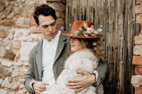 chapeau folk mariée | shooting d'inspiration mariage folk dans un cabanon | M comme Madame - Nouveau blog mariage #wedding #weddinginspiration #mariagefolk #mariage #bride #bridetobe #futuremariée