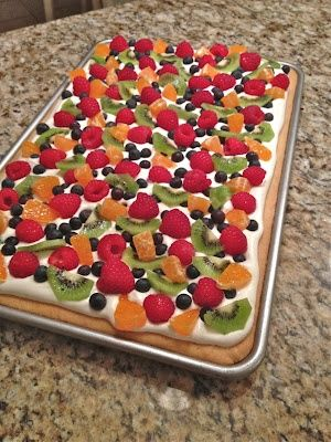 Deep Dish Fruit Pizza Recipe. Visit www.CouponMom.com for discounts on all the ingredients. #CouponMom #Coupon #Yummy #Recipe #Pizza