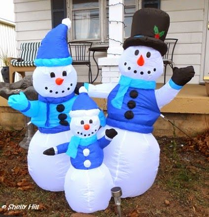This, That and a Little More: Our Outdoor Christmas Lights for 2014 - Inflatable Snowman Couple from Kohl's