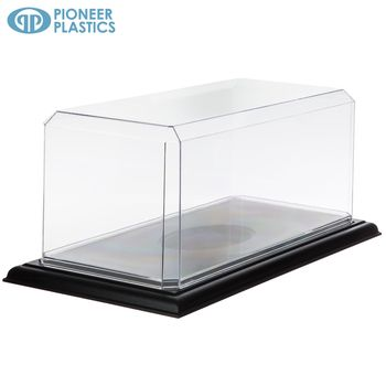 Model Display Case With Black Stand In 2020 Model Display Cases