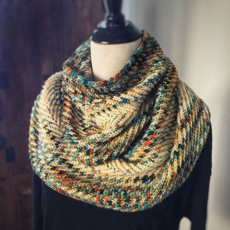 """This is a Mobius scarf with a circumference of about 63"""" so that it can circle twice comfortably. Come join us for our ZOOM KAL in February for this cowl! The scarf mimics brioche but it's not! DESIGNER: Suzanne Nielsen In your kit you will receive the following: (1) 2 skeins of Serenity DK or Superfine DK in your colourway combo choice(2) PDF of pattern gifted via email to your Ravelry library Superfine DK: 100% superfine Superwash Merino2-4Ply DK weight 