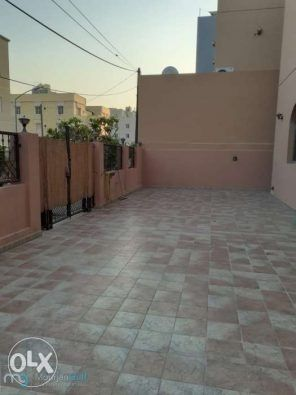 Villa In Mangaf For Rent With 6 Master Rooms Guest Bath Maid Bath Laundry Room Balcony S Yard Call 99903786 Master Room Guest Bath Villa