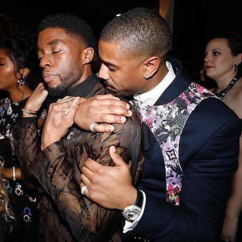 """Wakanda perfume you have one"" Black Panther Marvel, Afro, Black Panther Chadwick Boseman, Pose, Michael B Jordan, Movies And Series, Black Actors, Black Celebrities, Black Pride"