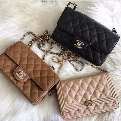 Chanel handbags are always gaining a great impression on most of the ladies' faces. Whenever we sow Chanel bags on stores or receiving it as a birthday gift, Luxury Purses, Luxury Bags, Luxury Handbags, Chanel Handbags, Purses And Handbags, Gucci Bags, Chanel Bags, Chanel Chanel, Chanel Shoes