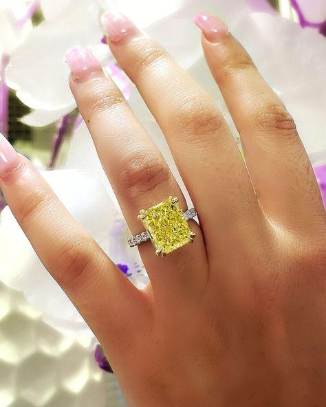 70 Best Yellow Diamond Engagement Rings Ideas Engagement Rings Diamond Engagement Rings Yellow Diamonds Engagement