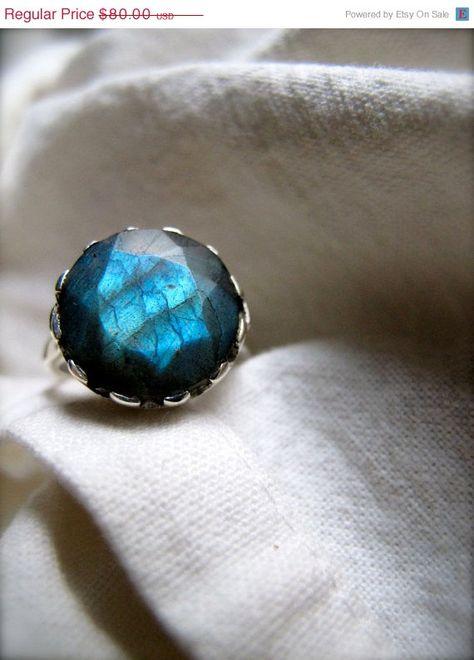 Labradorite Ring, so pretty!