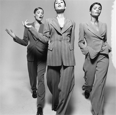 Photo by Michel Comte 1995 Carla Bruni, Helena Christensen, Monica Bellucci Tailleur by Giorgio Armani Vogue Italia, July 199