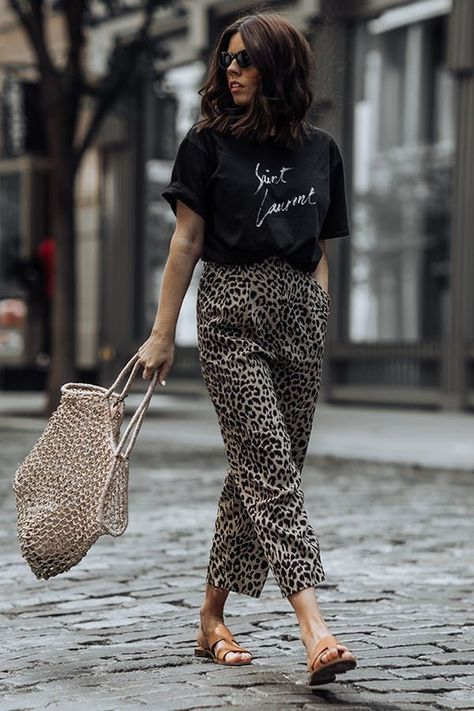 EMBRACE TRENDY ANIMAL PRINTS. 31 Fabulous Outfit Ideas for Every Day in August #purewow #summer #fashion #style #streetstyle #outfitideas #summeroutfits #summerfashion #summeroutfitideas