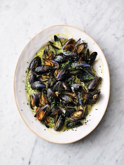 Creamy Cornish Mussels Jamie Oliver Seafood Recipes Recipe Mussels Recipe Seafood Recipes Mussels