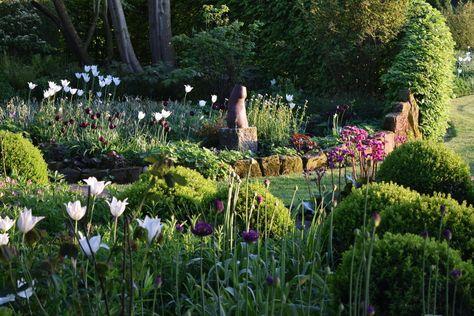 Skulpturen Fur Den Garten Kaufen Und Wirkungsvoll Platzieren Landshaft