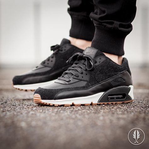 womens nike air max 90 premium black