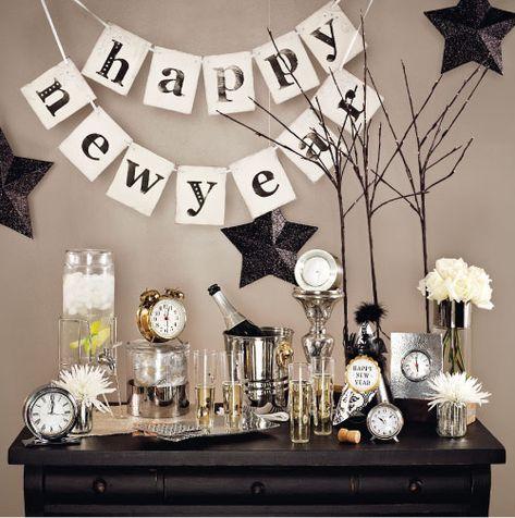 Powitaj Nowy Rok z pompą: pomysły na sylwestrowe dekoracje - Blog o wnętrzach - Wnętrza ze smakiem