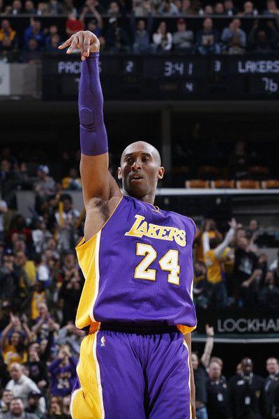 Kobe Bryant Photos Photos Los Angeles Lakers V Cleveland Cavaliers In 2020 Kobe Bryant Lakers Kobe Bryant Kobe Bryant 24