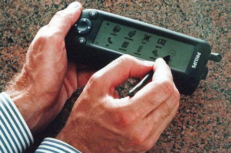 El Celular Inteligente Fue La Nueva Tecnologia Que Revoluciono La Manera En La Que Nos Comunicamos Este Fue El Primer Proto Phone Mobile Marketing Smartphone