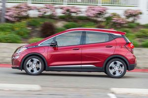 2017 Chevrolet Bolt Ev Review Long Term Update 2 Chevy Bolt