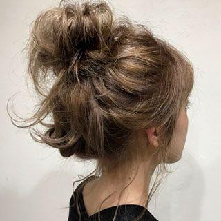 湿気 Vs My Hair 雨の日に負けない 簡単ヘアアレンジ4選 ヘア