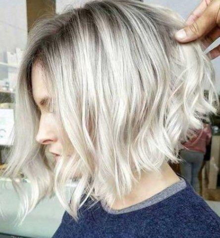 Schone Mittellange Frisuren 2020 Trendfrisuren Frisuren Frisuren2020 In 2020 Haar Styling Asymmetrische Bob Frisuren Frisuren