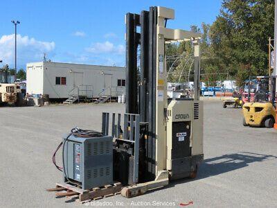 Ad Ebay Url Crown 35rrtt 3 500 Lbs Industrial Warehouse Electric Forklift Stacker Bidadoo Forklift Industrial Warehouse Industrial