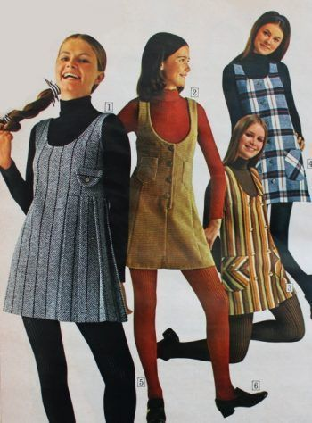 What did women wear in the Learn about fashion history as worn by the average woman, teen and hippies. Dresses, jumpsuits, jeans, shoes and accessorie Retro Fashion 70s, 70s Women Fashion, 70s Inspired Fashion, Seventies Fashion, Fashion History, Teen Fashion, Fashion Trends, Fashion Vintage, Fashion In The 90s