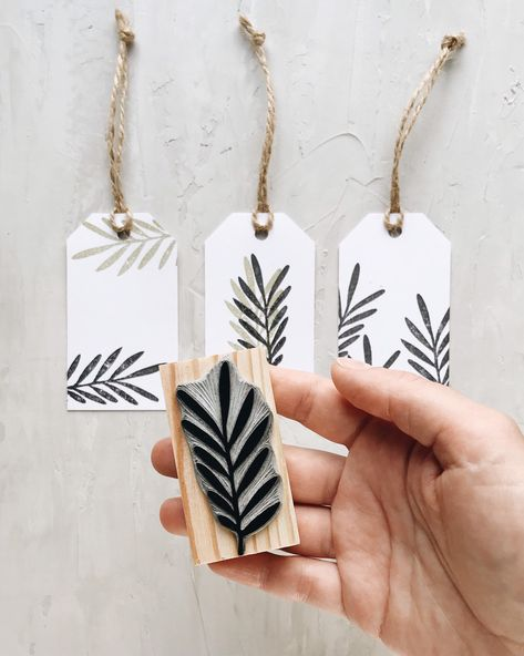 Palm leaf rubber stamp, tropical leaf stamp, stamp for card making, craft stamp - Japanese Stamp, Fabric Stamping, Rubber Stamping, Stamp Carving, Handmade Stamps, Stamp Printing, Tampons, Artisanal, Gift Tags