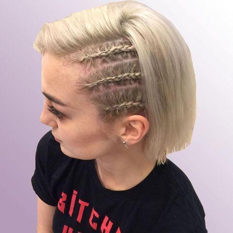 20 Inspiring Beach Hair Ideas For Beautiful Vacation Side Cornrows Cornrow Hairstyles Beach Hair