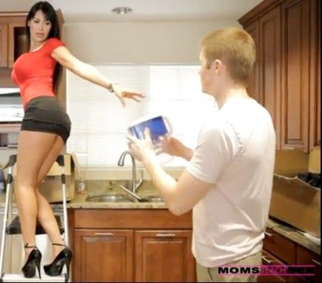 Momsteachsex порно онлайн