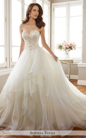 Sophia Tolli Château De La Mariée Nadia Mtl Sophia Tolli Wedding Dresses Dream Wedding Dresses Wedding Dresses