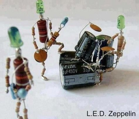 L E D Zeppelin Using Resistors Capacitors And Leds Manualidades Hechas Con Material Reciclado Arte Electronico Componentes Electronicos
