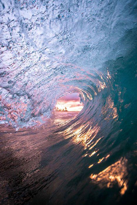 Canon Hawaiian Sunrise by Connor Trimble – 17 x 22 Semi-Gloss Paper Semi-Gloss Paper Bordered