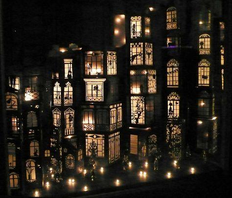 So freakin' beautiful. Pop Up Paper Architecture by Mathilde Nivet Design Set, Stage Design, Theatre Design, Kirigami, Book Art, Illusion Kunst, Paper Architecture, Architecture Design, Paper Engineering